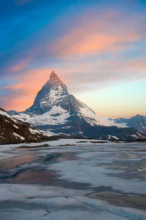 2841e8d592ed13452f4694c124e2d5af - Planning The Perfect Trip To Switzerland