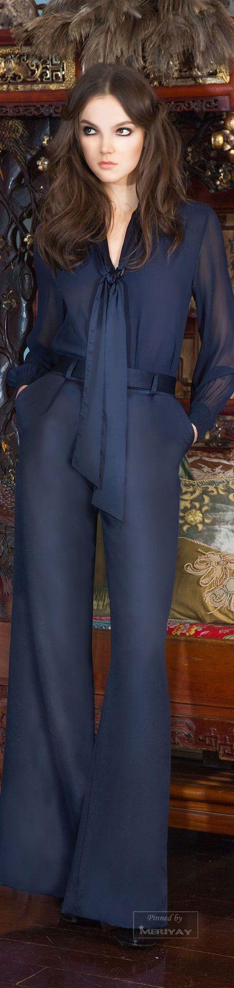 Conjunto de seda azul marino