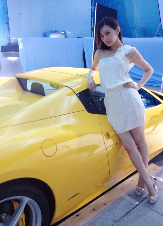 スポーツカーと北川景子