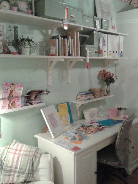 Meiden kamer zacht groene wand ikea slaapkamer pinterest ikea - Kamer voor tieners ...