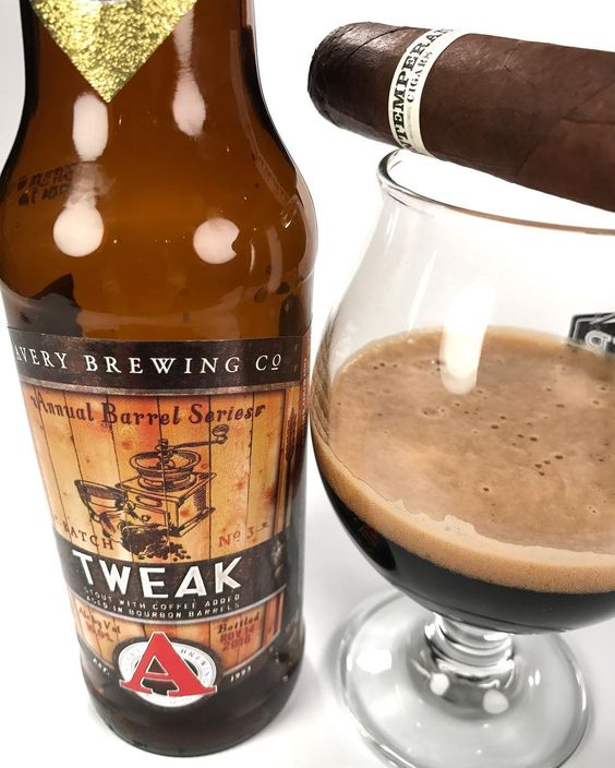 Coffee and cigars doesn't get much better than this @averybrewingco @chiefhava