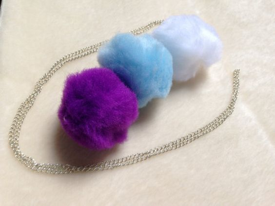 Looking for a funky necklace that will make a statement?  Then look no further…