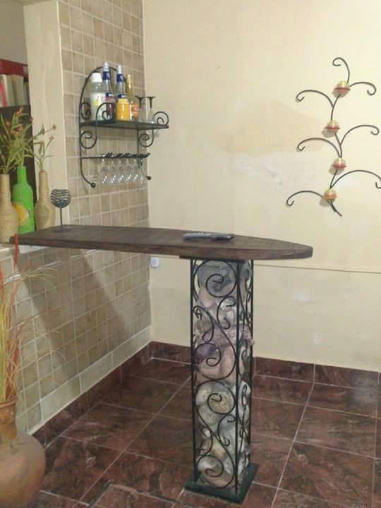 Barra desayunador de hierro forjado columna de 1m de alto for Bar de madera y fierro