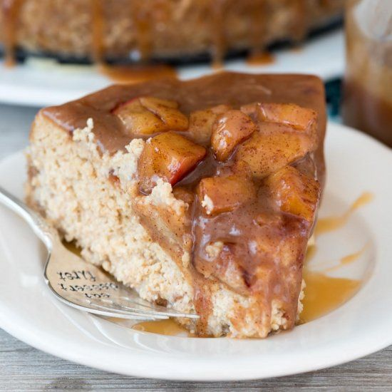 Caramel Apple Cheesecake - this creamy cheesecake recipe is filled with caramel and apple flavor with a nutter butter crust.
