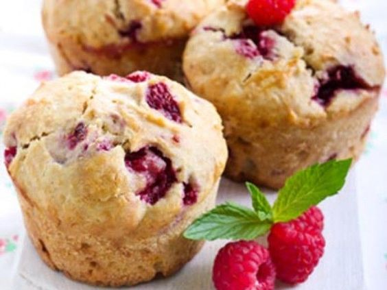 Low Carb Himbeer Muffins