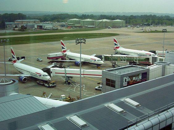 """Gatwick- Aeroporto Internacional de Londres"". #Londres, Reino Unido."