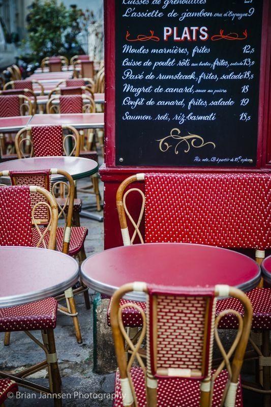 Le Consulat Cafe in Montmartre, Paris France