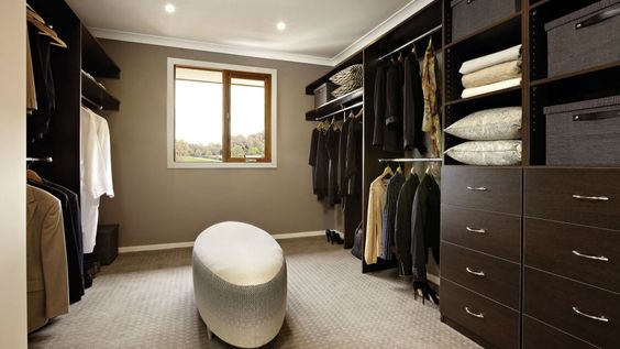 Walk-in Closet for Men - Masculine closet design (6)