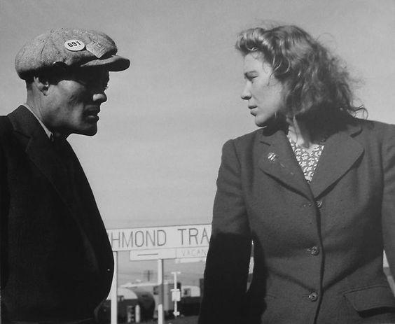 Dorothea Lange, Argument in Trailer Court, 1944