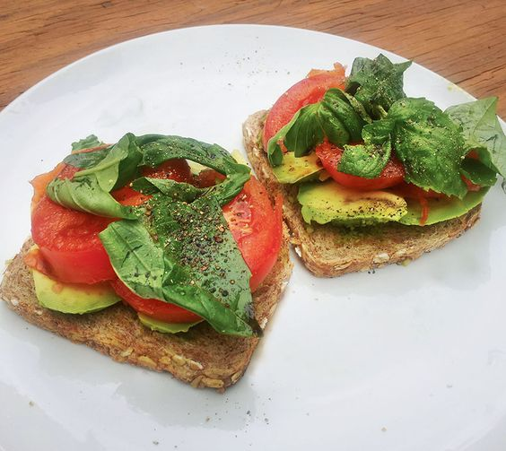 Sandwiches Avocado slices Pesto sauce Tomato and/or red bell pepper ...