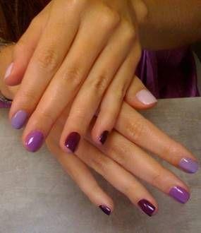 purple ombre nails.