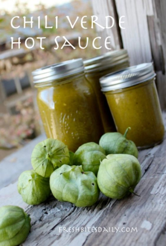 DIY Green Easy Hot Sauce Recipe | https://diyprojects.com/top-14-hot-sauce-recipes/