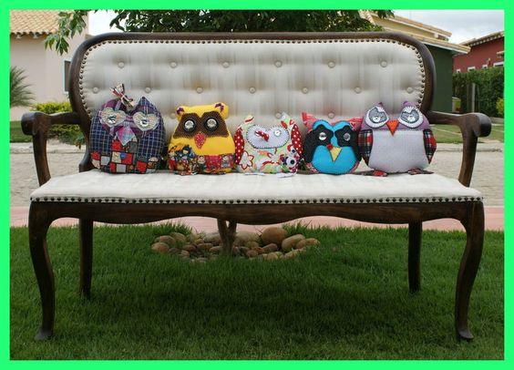 Promoção!!!!! Kit de Almofadas de Coruja Este lindo Kit vem com 05 pequenas almofadas de corujinhas para decorar quartos e salas com muita graça e estilo.     R$150.00