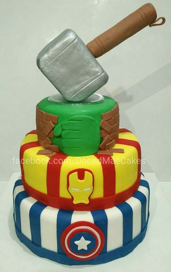 The Avengers cake Bolo Vingadores Heroes Hulk Thor American Captain Iron Man Capitão América Homem de ferro