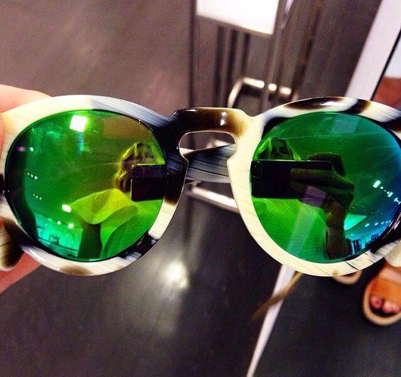 Emerald green shades