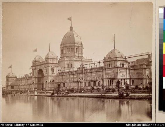 D Exhibition Melbourne : The melbourne exhibition building had an impressive lake