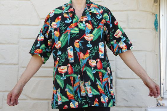 Vintage 80s-90s Men's Hawaii Shirt Tropical by SycamoreVintage