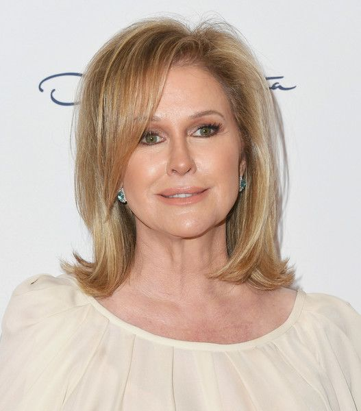 Kathy Hilton's Bouncy Flip - Hairstyles For Women Over 50 With Fine Hair - Photos