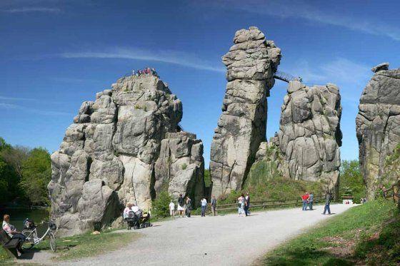 Bosque sagrado de Europa El misterio de la Estrella de Piedra Una extraña formación de rocas esconde los vestigios del Paleolítico. Se trata de Externsteine, un enigma de la naturaleza alemana.