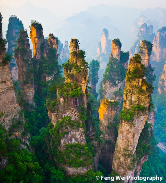 Zhangjiajie National Forest Park, a UNESCO World Heritage Site in northern part of Hunan province, China ✯ ωнιмѕу ѕαη∂у