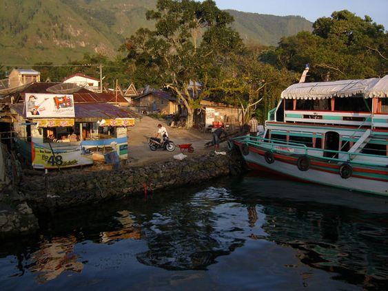 Port de Samosir, Lac Toba - Indonésie