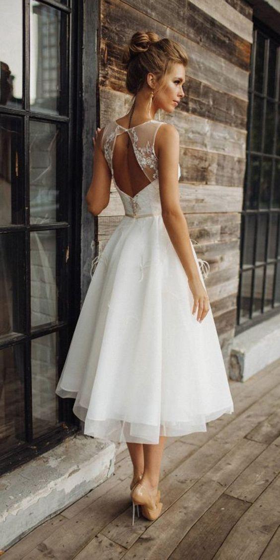 Nikah Elbisesi Modelleri Kadinev Com Kisa Gelinlikler Mor Nedime Elbiseleri Dantel Gelinlik