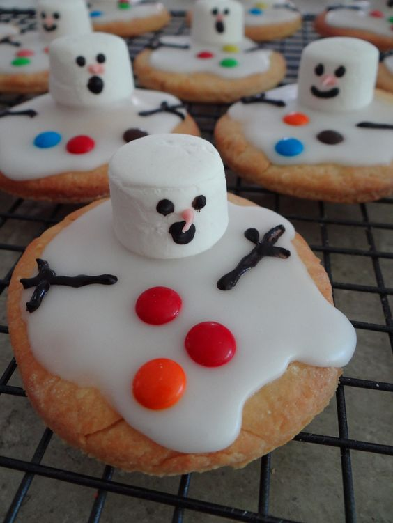 Christmas food ideas, melted snowman biscuits. #baking #children #christmas