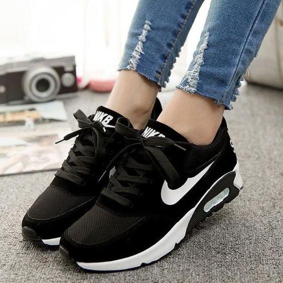 zapatillas nike mujer suela negra