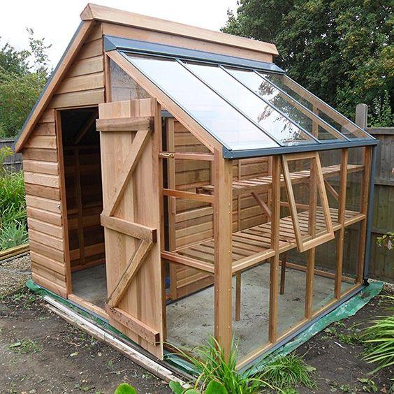 Grow and store un combin bien pens d abri de jardin et for Cabanon pour jardin