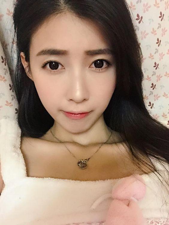 Beautiful Taiwanese model Kila More Images Cuties... - Cuties Press