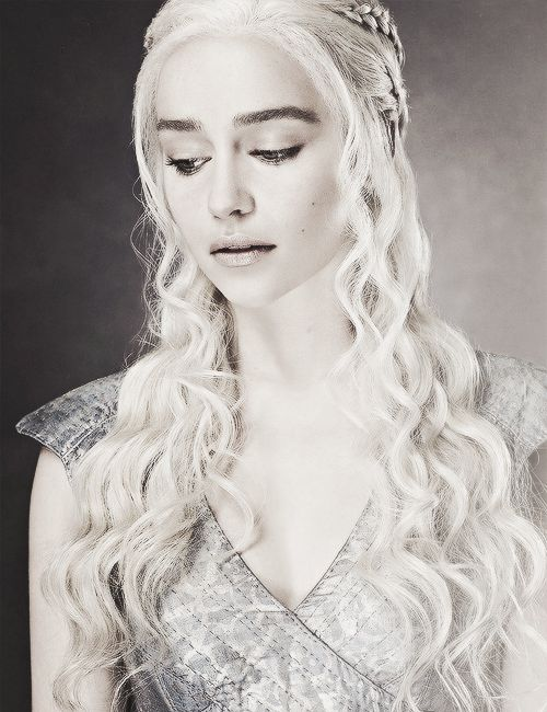 White hair worn beautifully by Daenerys Targaryen