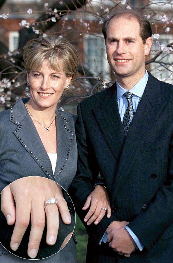 Sophie Rhys-Jones' engagement ring