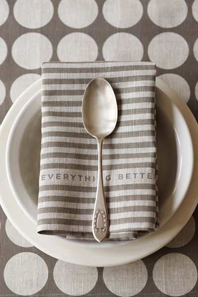 Oh you dear, dear, grey tea towel.  You should come to my home and live.  You really should.