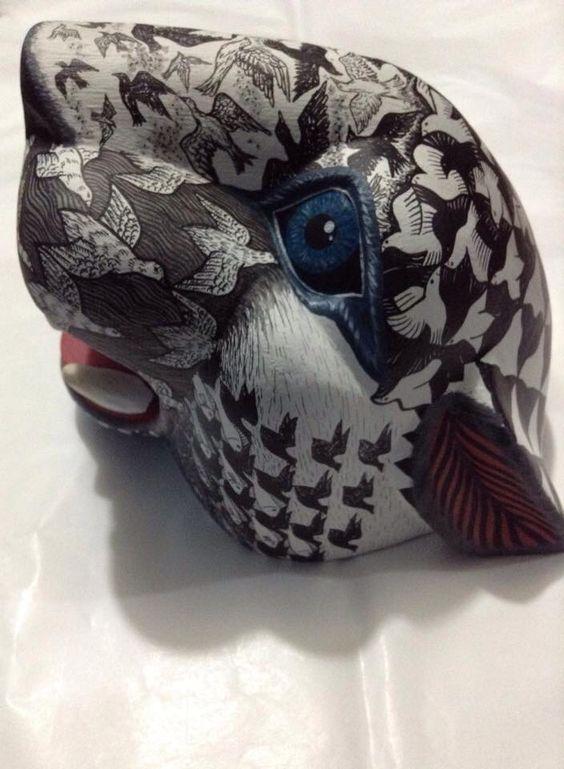 Mascara de jaguar, Escher, artesanía Oaxaca , arte popular de San Martin Tilcajete. Medidas: 18x20x22 cm. Precio: $6,500.00