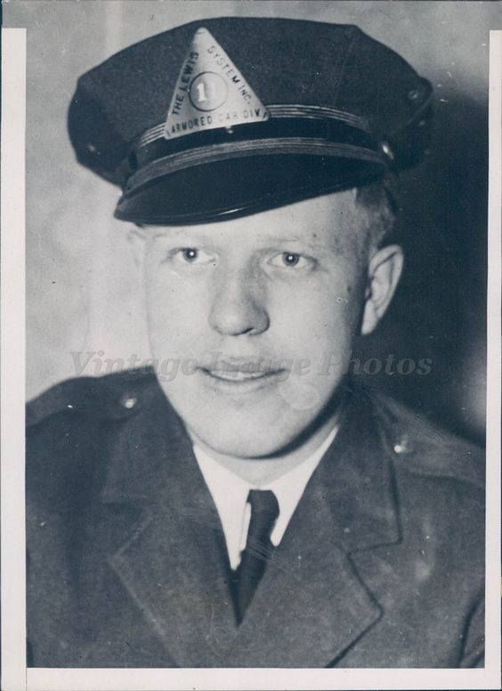 1935 #photo #ernest newman money guard kidnap #victim bank messenger crime sioux,  View more on the LINK: http://www.zeppy.io/product/gb/2/322295693126/
