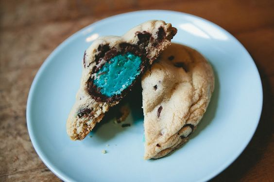 IT'S A…GENDER REVEAL PARTY with cookies!