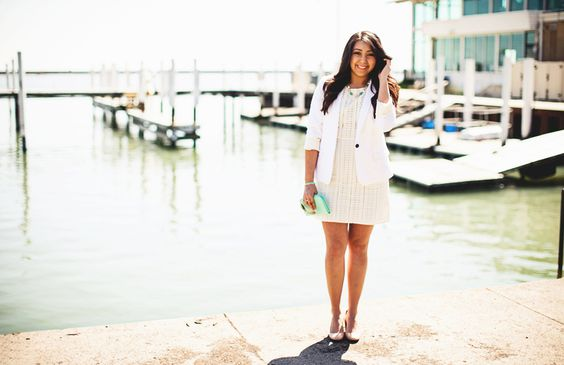 Three Trends Two Ways: @Darlene C of Glitterary // all white // eyelet dress // clutch // white blazer // photography by Glitterary