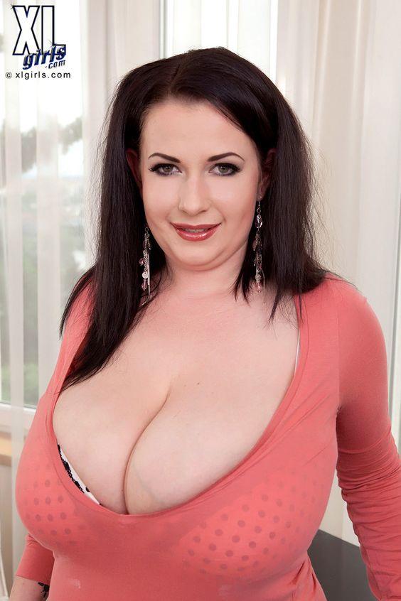 Bit tits orgy video