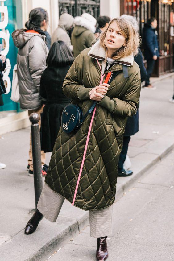 El abrigo acolchado de Ganni más bonito del mundo, por Monica Ainley