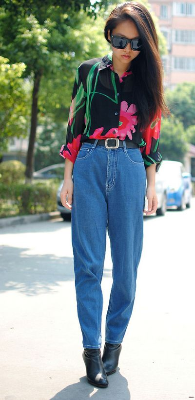 Mom jeans are not cool. at all. ever. on anyone. But I'd wear them like this: