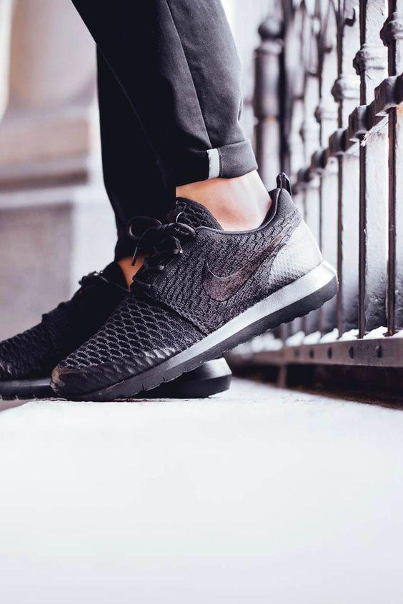 Nike Roshe Flyknit Noir