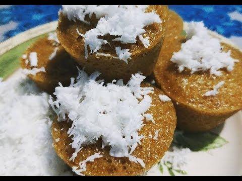 Pin Di Kue Khas Makassar