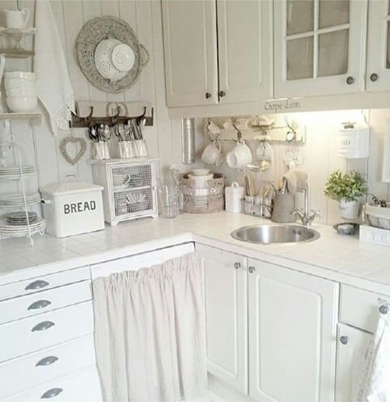 Shabby and charme a real kitchen of a young norwegian - Shabby and charme ...