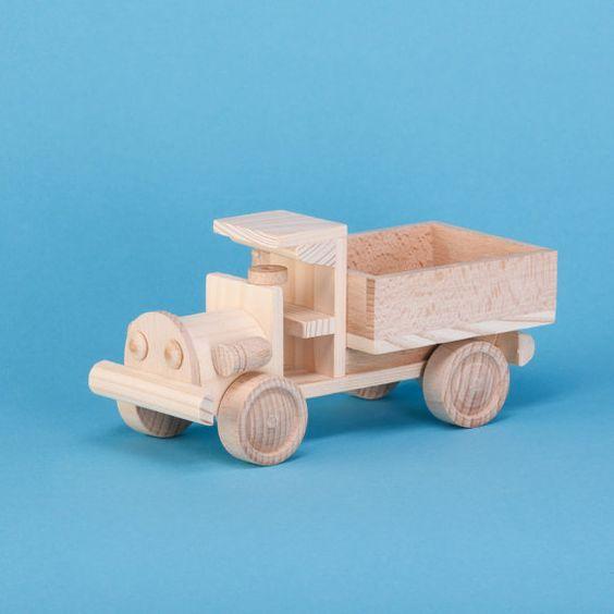 Jeux De Camion De Bois - Petit camion bleue camion en bois Voitures, Camions et Jouets
