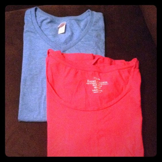Shirt bundle Two tee shirts. One blue v-neck and one pink swoop neck. Both size large and both are in great condition Tops Tees - Short Sleeve