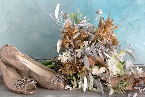 Beautiful shoes and bouquet.