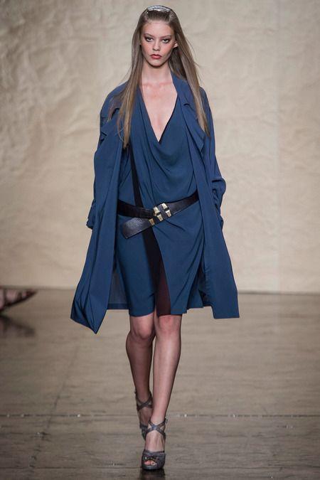Donna Karan Printemps 2014 Prêt-à-Porter Collection diaporama sur Style.com