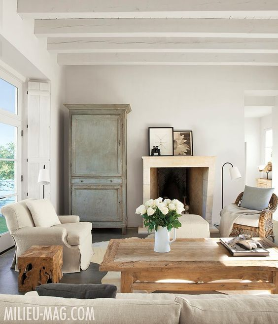 Modern farmhouse living room with French Country decor by Eleanor Cummings on Hello Lovely Studio