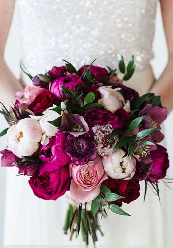 Bouquets you want at your winter wedding: