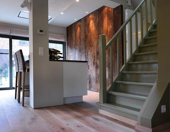 antieke oude eiken planken als keukenwand